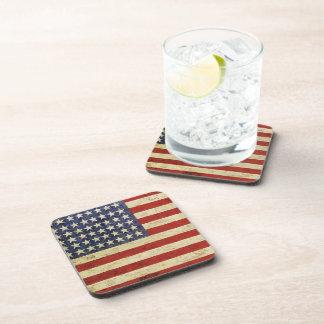 Práctico de costa del corcho de la bandera america posavasos de bebida