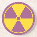 Práctico de costa del símbolo de la radiación posavasos para bebidas