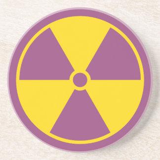 Práctico de costa del símbolo de la radiación posavasos personalizados