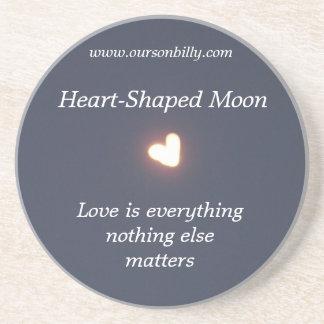 Práctico de costa en forma de corazón de la luna posavaso para bebida