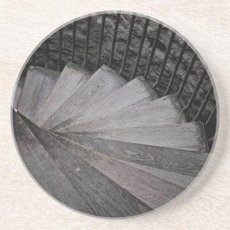 Práctico de costa espiral de las escaleras posavaso para bebida