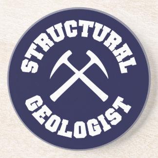 Práctico de costa estructural del geólogo posavasos de arenisca