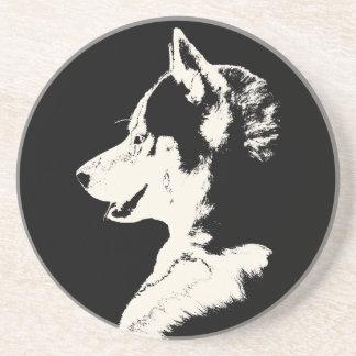 Práctico de costa fornido del perro del lobo del M Posavasos Cerveza