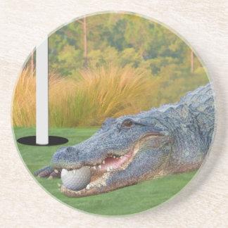 Práctico de costa Golfing del cocodrilo de la ment Posavasos Para Bebidas