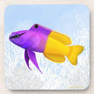 Práctico de costa real del corcho de los pescados posavasos de bebida