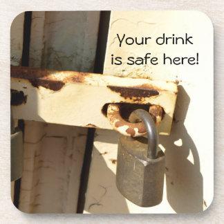 Práctico de costa seguro del corcho de la bebida posavasos