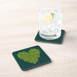 Práctico de costa verde del corcho del corazón posavasos de bebidas