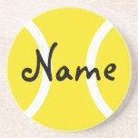 Prácticos de costa amarillos de la pelota de tenis posavasos diseño