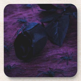 Prácticos de costa color de rosa negros posavasos de bebidas