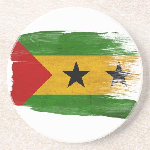 Prácticos de costa de la bandera de Sao Tome and P Posavaso Para Bebida