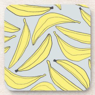 Prácticos de costa de los plátanos en amarillo posavasos