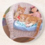 prácticos de costa del dulce del gatito de la muñe posavasos diseño