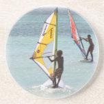 Prácticos de costa Windsurfing de los pares Posavaso Para Bebida