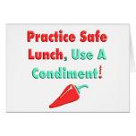 ¡Practique el almuerzo seguro, utilice las camiset Felicitaciones
