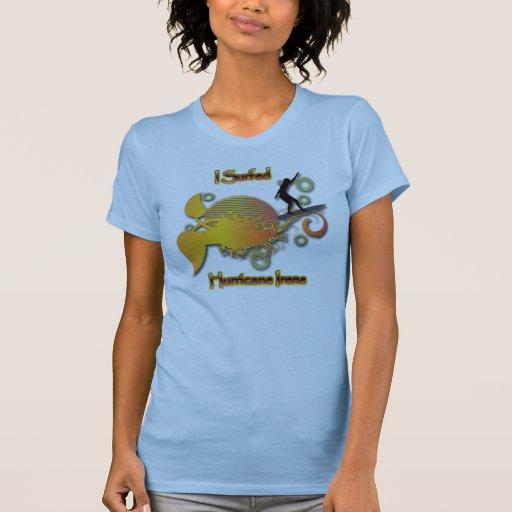 Practiqué surf el huracán Irene colorida Camisetas