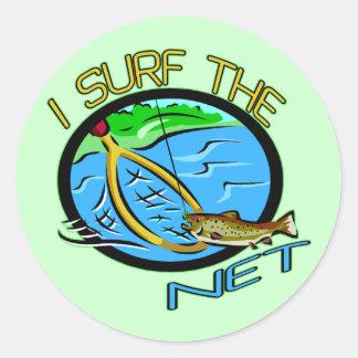 Practique surf las camisetas y los regalos netos pegatinas redondas