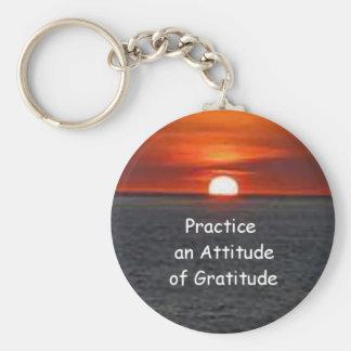Practique una actitud de la gratitud llavero personalizado