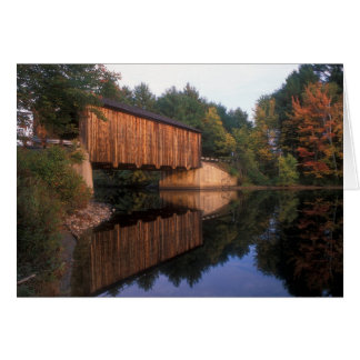 Pradera New Hampshire del puente cubierto Tarjeta De Felicitación