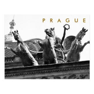 Praga - teatro nacional tarjetas postales