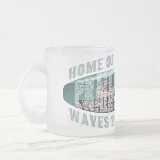 Praia de Norte Surfing Frosted Glass Coffee Mug
