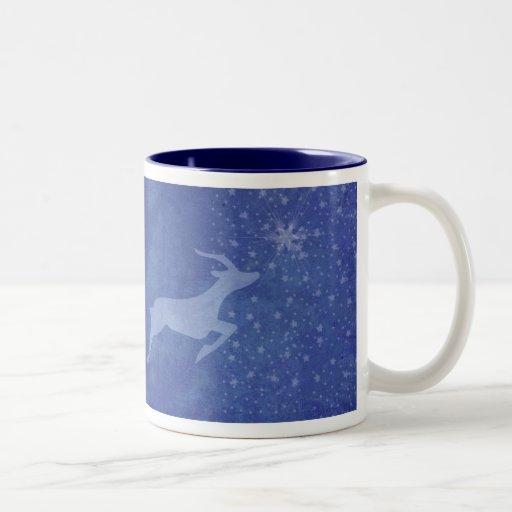 Prancer la estrella taza de café de dos colores