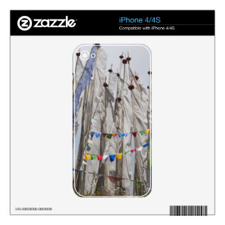 Praying flag poles in mountain, Yotongla Pass 2 Skins For iPhone 4S