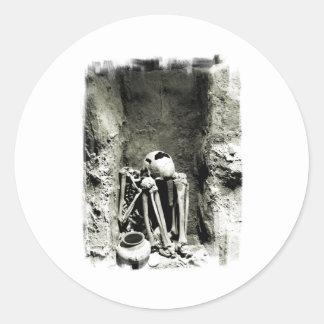 Pre-Columbian Gravesite Skeleton Classic Round Sticker
