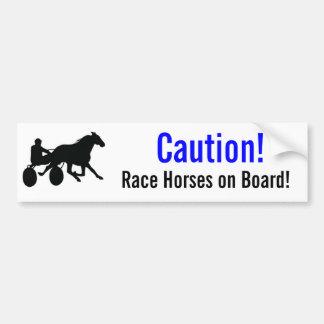 ¡Precaución! ¡Caballos de raza a bordo! Etiqueta De Parachoque