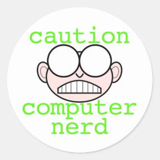 Precaución: Empollón del ordenador Pegatina Redonda