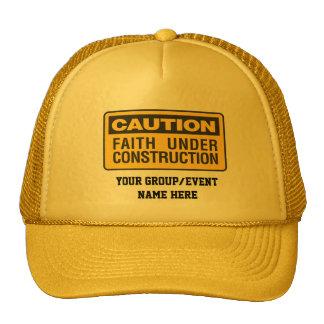 ¡Precaución! Fe bajo construcción Gorros Bordados