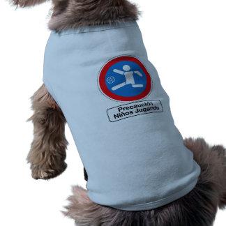 Precaución que juega a los niños, señal de camisetas de mascota