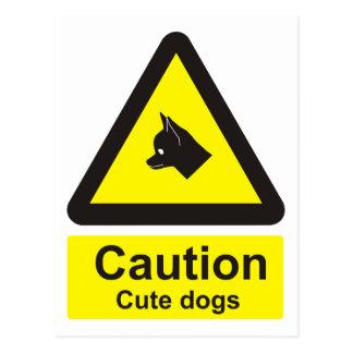 Precaución: señal de peligro linda de los perros postal