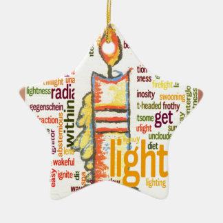 Precioso ligero adorno navideño de cerámica en forma de estrella