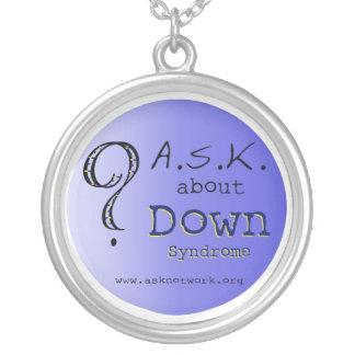 PREGUNTE por el collar de Síndrome de Down