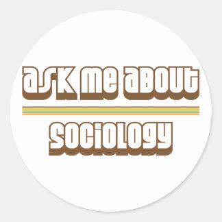 Pregúnteme acerca de la sociología pegatina redonda