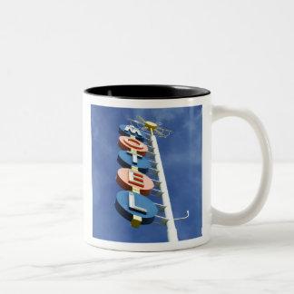 PREMIERE MOTEL - Mug