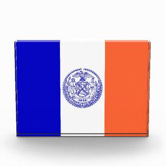 Premio con la bandera de Nueva York, los E.E.U.U.