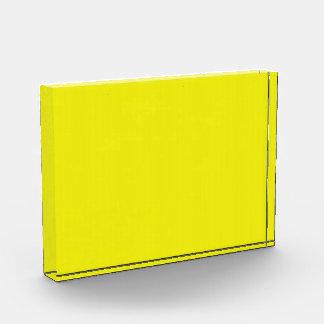 Premio de acrílico amarillo de neón brillante