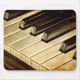 ¡Premio de ZazzleTops! El piano del vintage cierra Tapete De Ratones