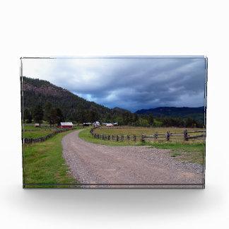 Premio escénico del fondo de la granja de Colorado