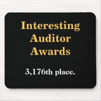 Premios interesantes del interventor - broma mousepads