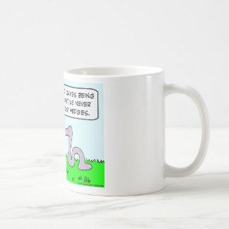 preocupación de las serpientes sobre juegos de taza de café