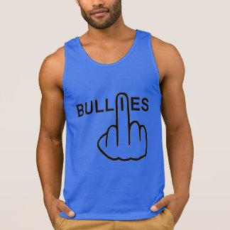 Preocupación de los matones de las camisetas sin playeras con tirantes