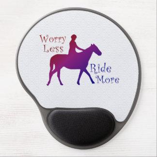 Preocupación menos paseo más equitación alfombrilla de ratón con gel