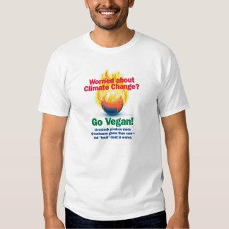Preocupado de cambio de clima--¡Va el vegano! Camisas
