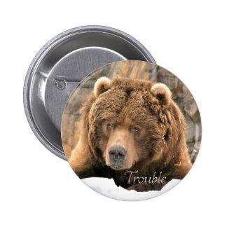 Preocupe el botón del oso pin