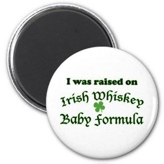 Preparado para bebés irlandés del whisky imán redondo 5 cm