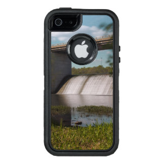 Presa del lago springfield funda OtterBox defender para iPhone 5