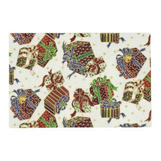 Present pattern paper laminated place mat