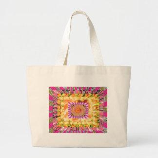 Presentación artística de la sol y del collage de  bolsas